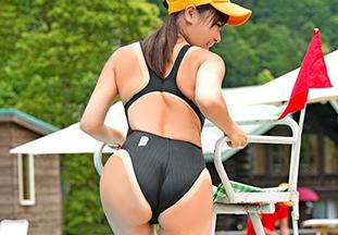 今年の夏はプール監視員(21)をナンパしてハメ撮りしましたが何か?